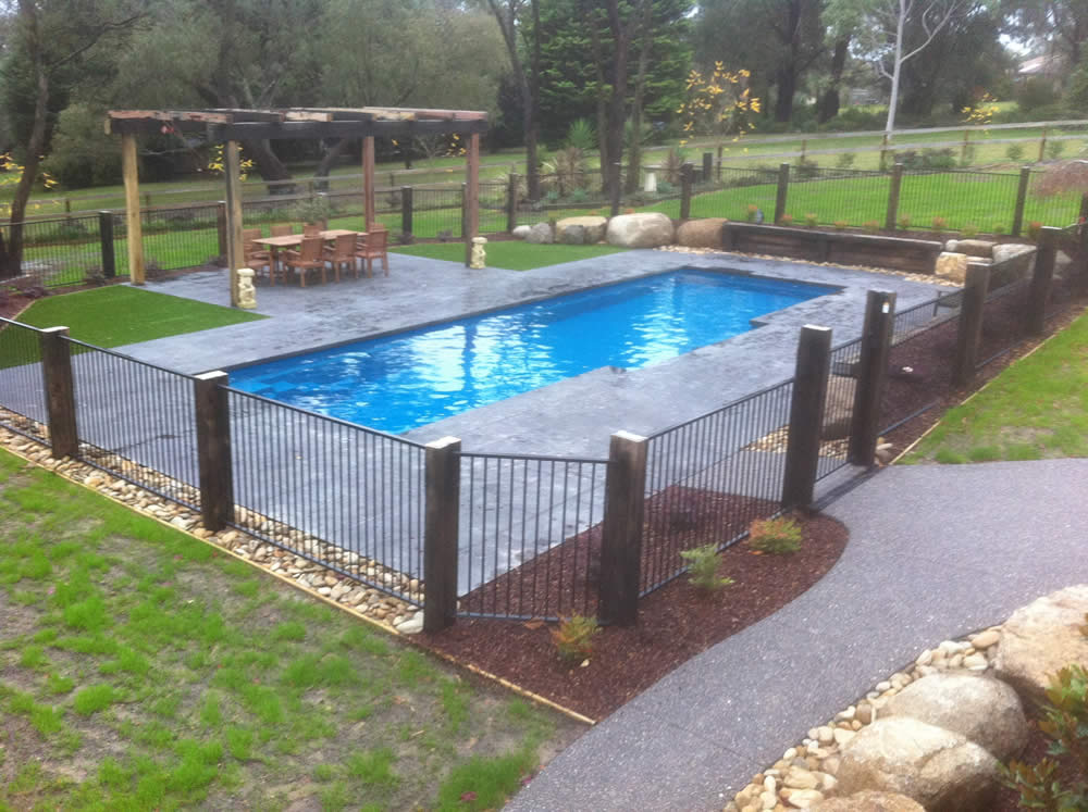 Wet Feet Pools steel fence